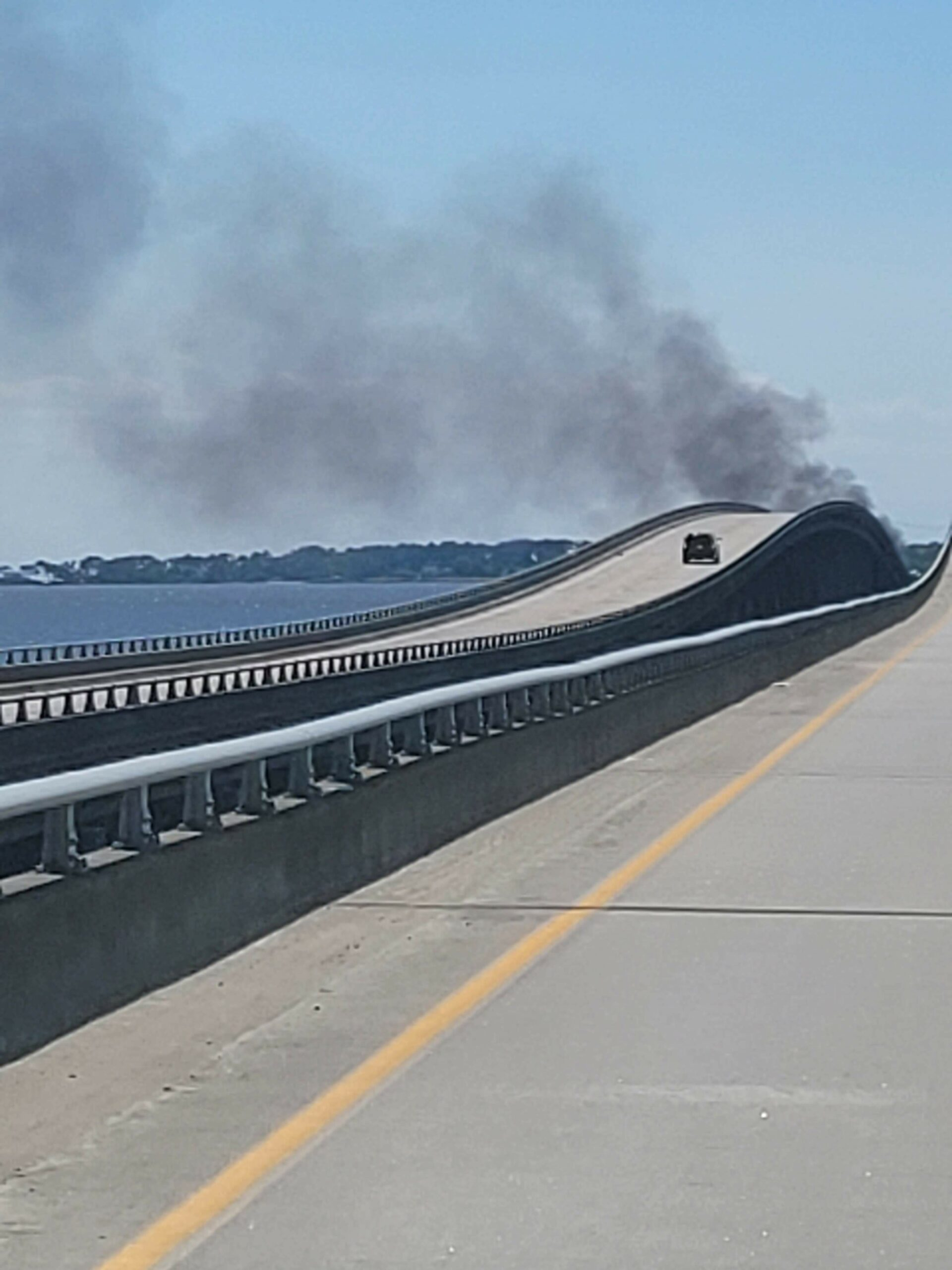 UPDATED: Crash shuts down eastbound Wright Memorial Bridge, traffic alternating in both directions on westbound span - OBXToday.